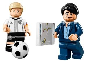 lego-minifigures-die-mannschaft-dfb-ball-71014-945x630
